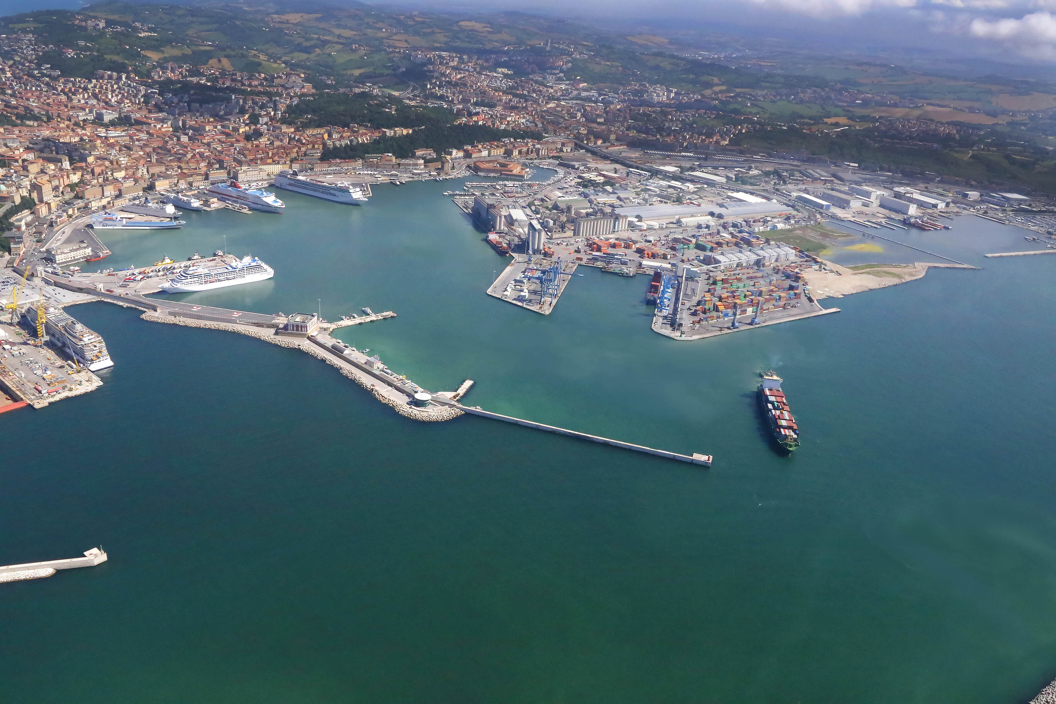 The pilot action of the Port of Ancona